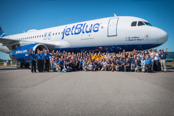 US airline JetBlue launches lab to test IoT and AI