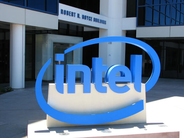 Intel cuts 12,000 jobs to kick-start move from PC market to IoT