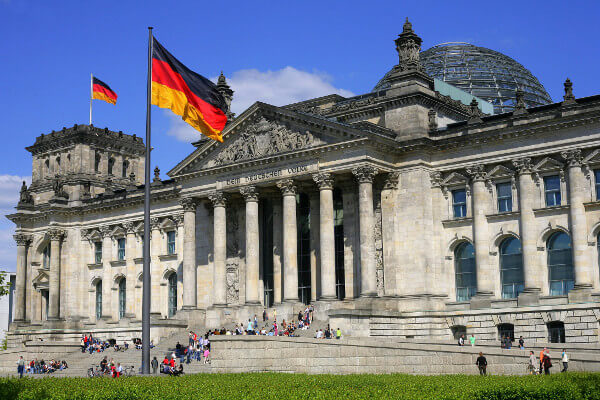 Germany wants partners to accelerate Industrie 4.0 adoption