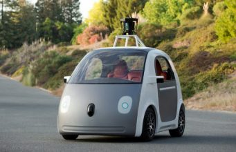 UK government pushes forward with driverless vehicles program