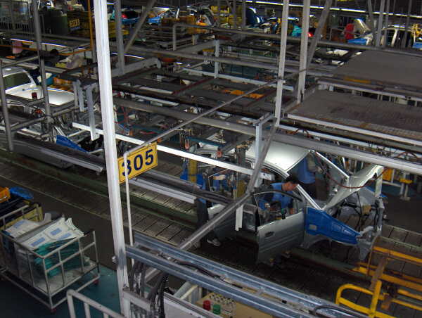 Manufacturers turn to Big Data to navigate tough business climate