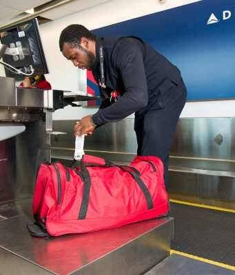 Delta travellers can now track their luggage with RFID