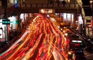 Vehicle recognition technology drives targeted roadside advertising
