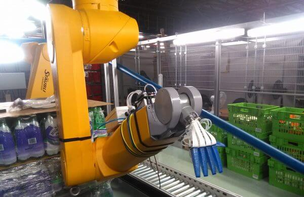 Thumbnail for Online-only retailer Ocado trials robotic arm to speed up orders