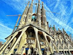 Barcelona IoT, big data projects help manage tourists at popular tourist attractions