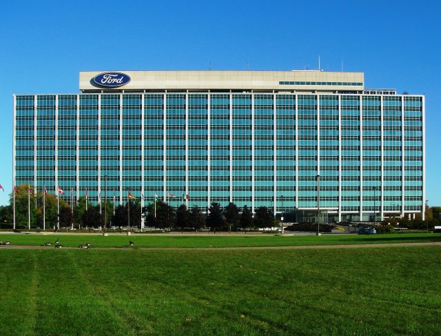 Ford creates robotics and AI R&D team