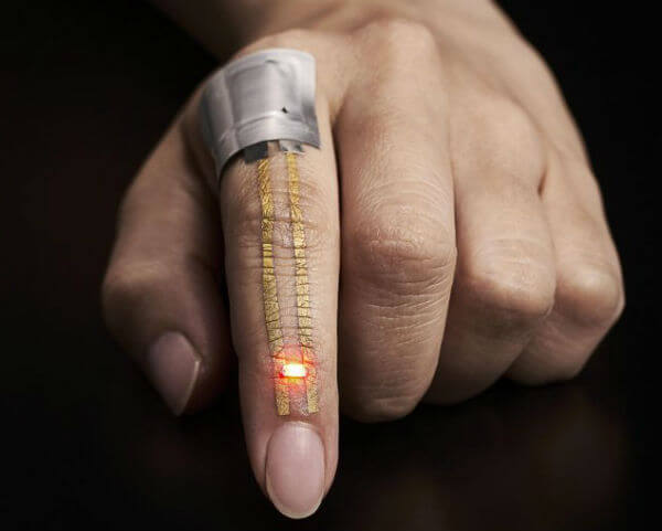 New spray-on nanomesh wearables could bolster health monitoring