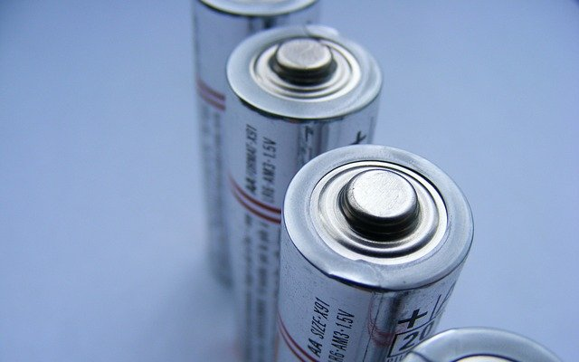 Wireless charging 'Forever Battery' offers innovative AA battery replacement