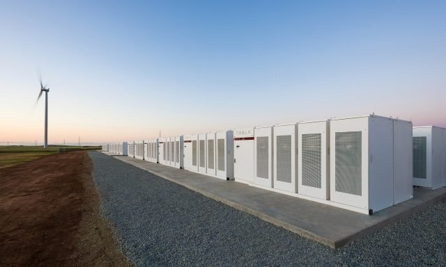 Tesla Powerpack forms world's largest lithium ion battery to help power South Australia