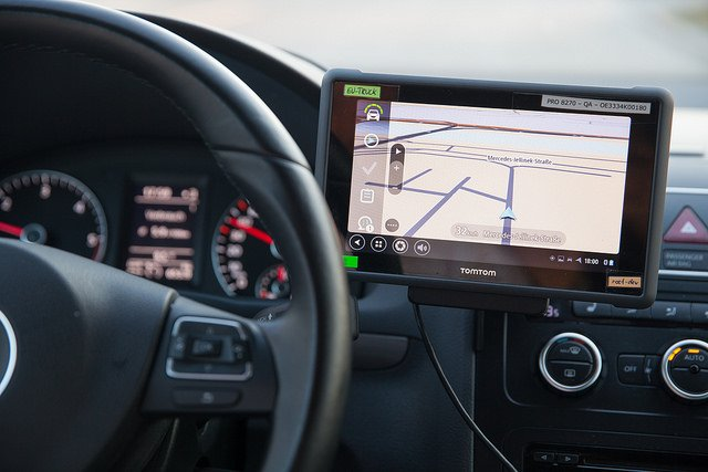 TomTom reveals AutoStream for autonomous driving
