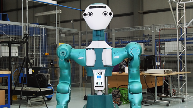 secondhands robot collaborates with ocado technology