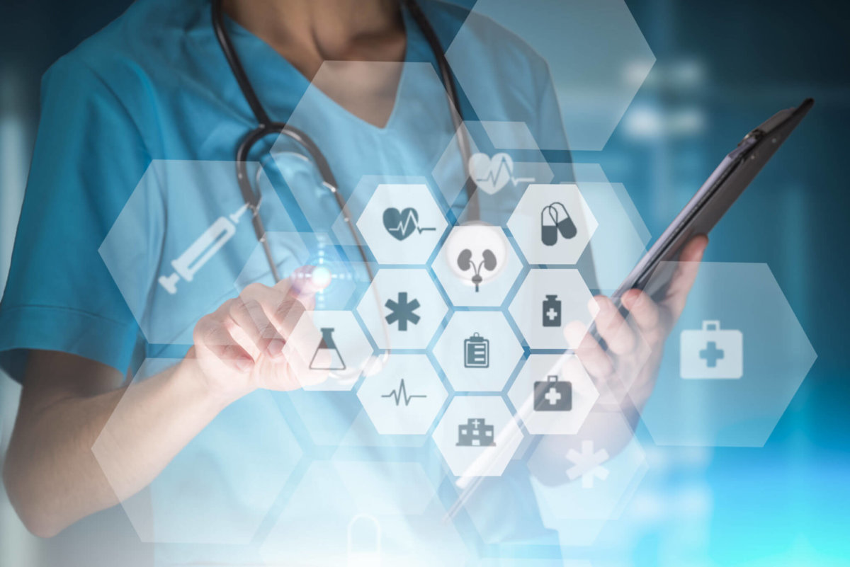 4 Ways IoT is Enhancing Modern Day Healthcare e1530789446775.'