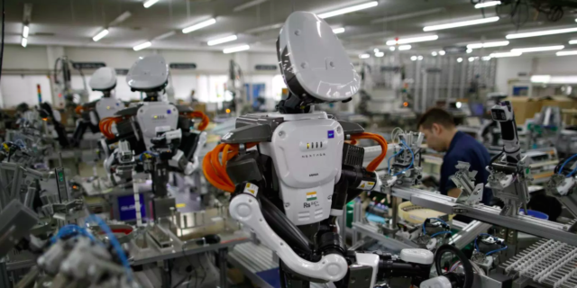 Manufacturing: How Robotics as a Service extends to whole factories