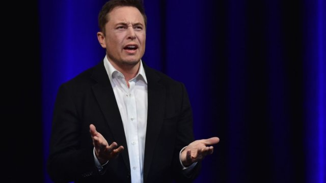 Elon Musk Reportedly Still Looking For Funding To Take Tesla Private