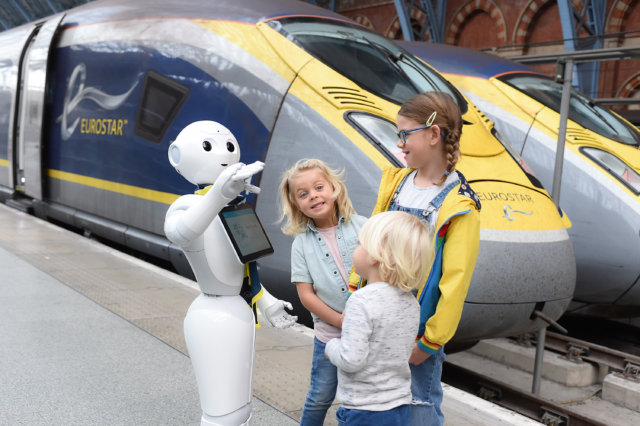 robots introduced to train platforms in the uk and japan